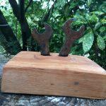 Zwei Raben · Stahl auf Holzsockel